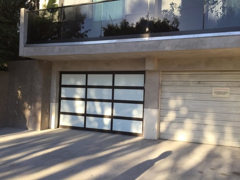 Los Angeles Garage Door Repairs Home